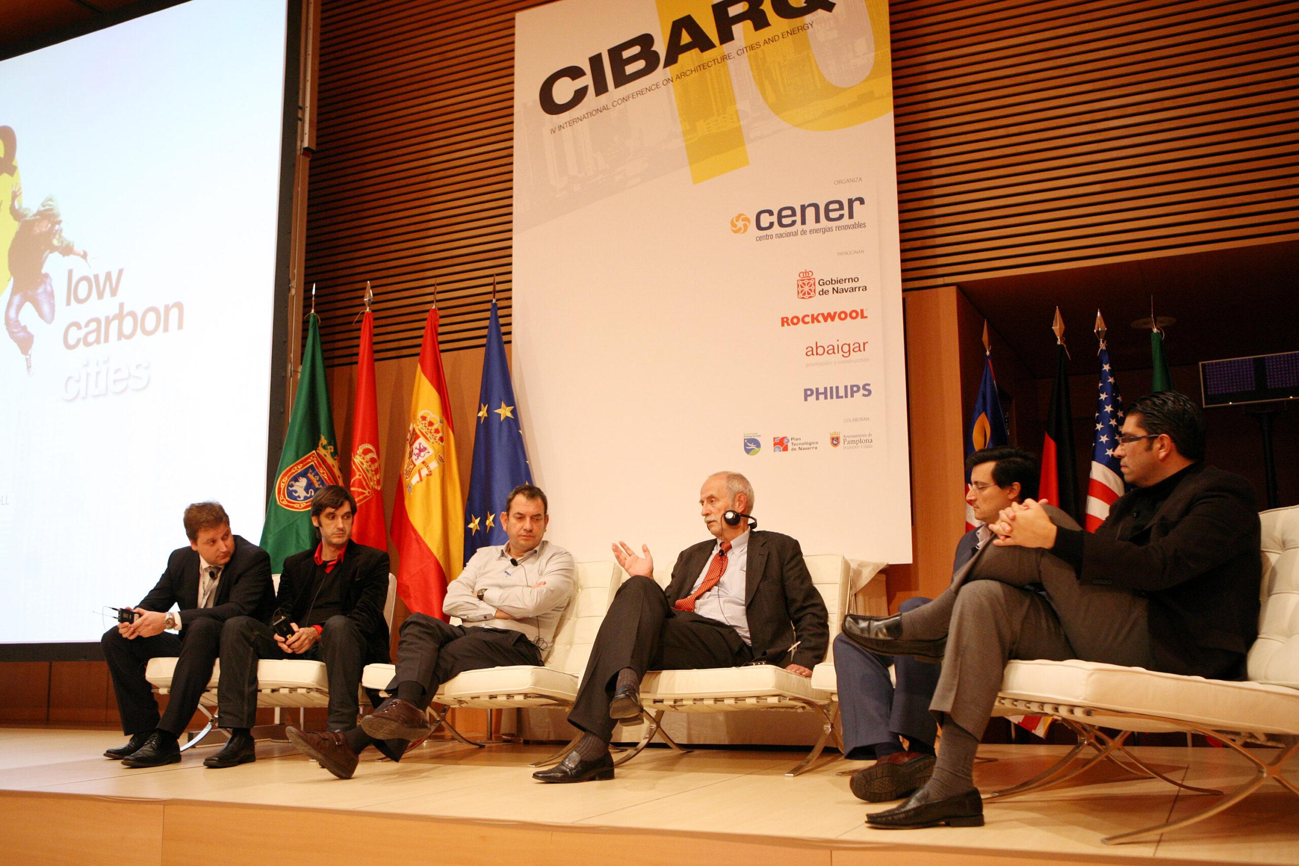 Tertulia de algunos de los ponentes de CIBARQ 2010.